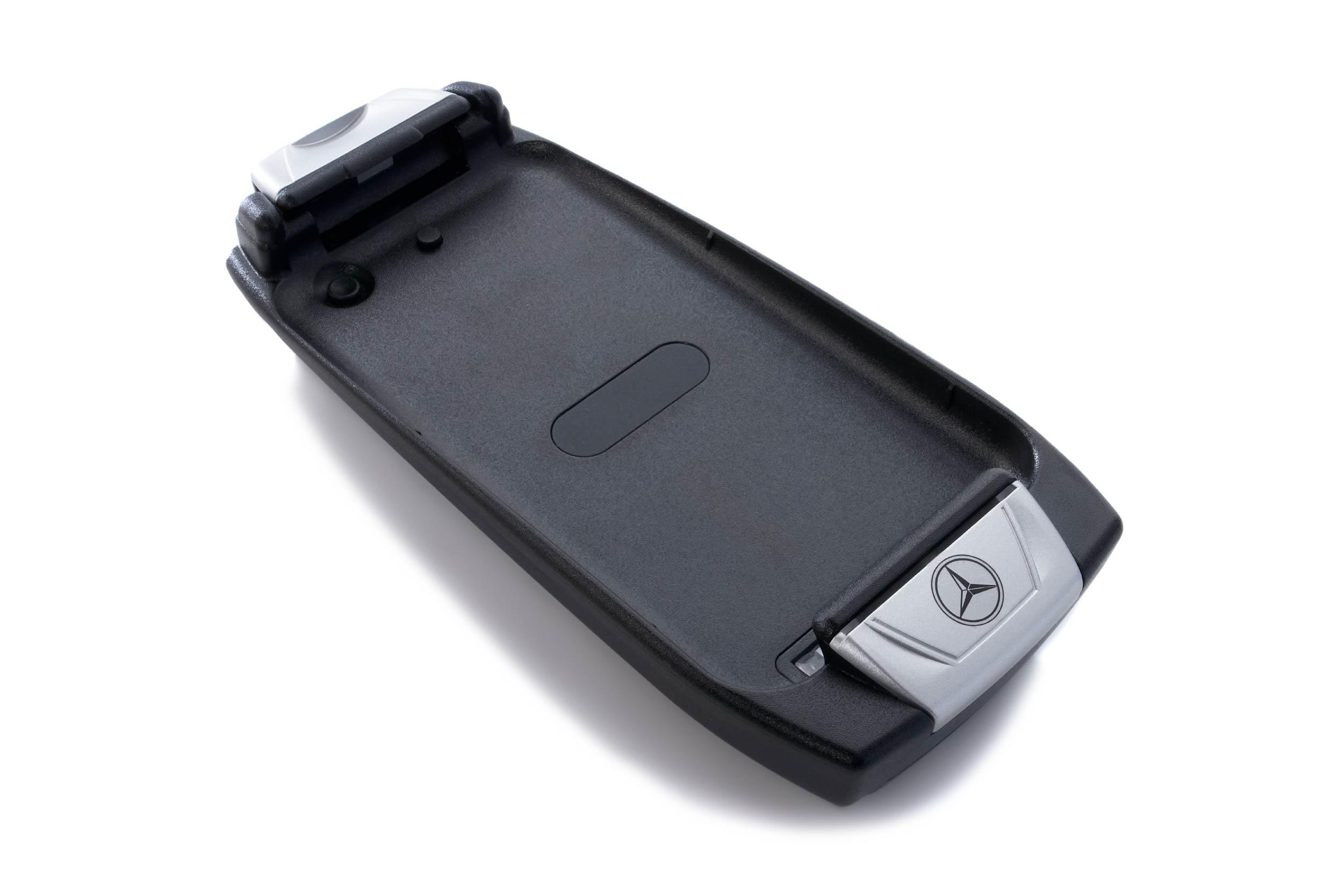 MB-iPHONE-4
